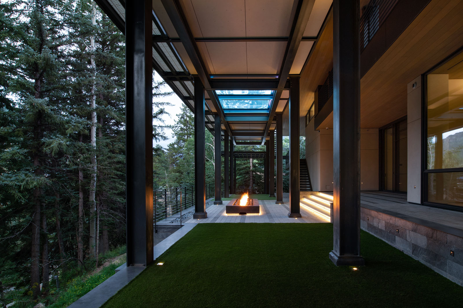 165-Forest-Road-Vail-colorado-FIREPIT-2 ULTRA MODERN EXPANSIVE OUTDOOR LIVING SPACE